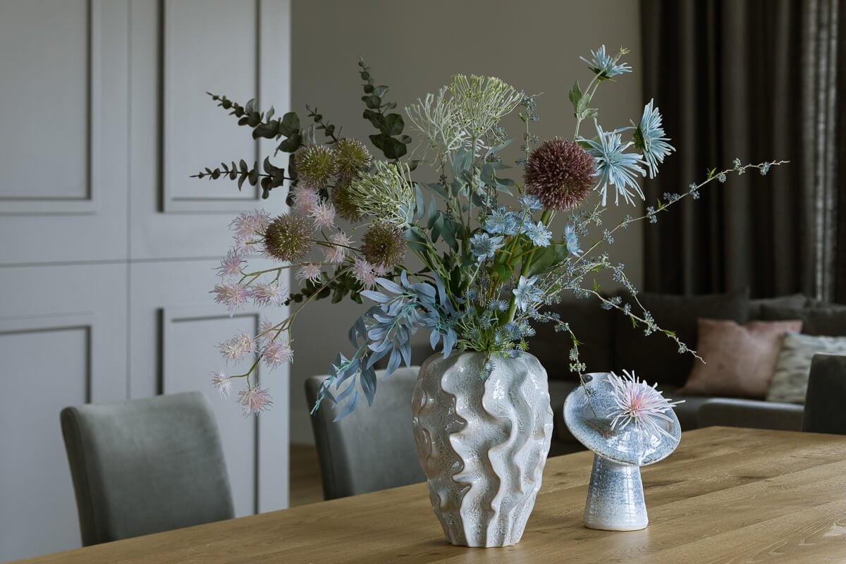 interior design artificial flowers